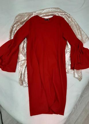 Нарядное платье рукав клешный, клешь, воланом от bershka