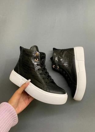 Высокие кеды зимние кроссовки на меху. ботинки