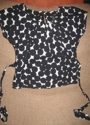 Блуза в горох черно-белая