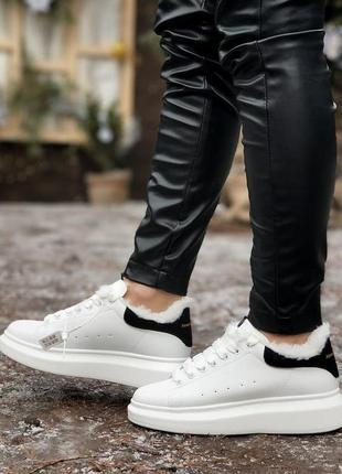 Теплые кроссовки на зиму