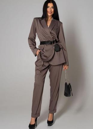 Женский брючный коричневый деловой костюм с жакетом (4126 jdnn)