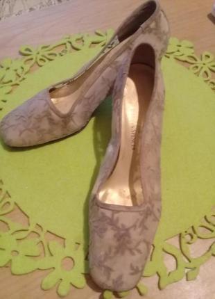 Распродажа!!!!!  туфли  marks&spenser ажурные