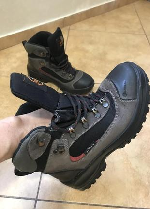 Ботинки кожаные j-tex