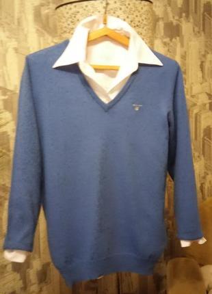 Базовый, классический пуловер из 100% шерсти мериноса.