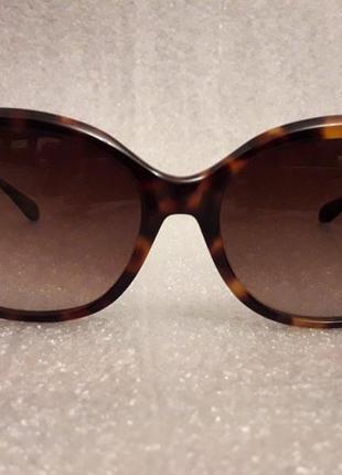 Леопардовые  солнцезащитные очки moschino