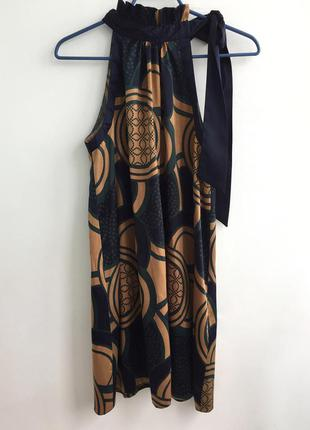 Красивое платье бренда vero moda