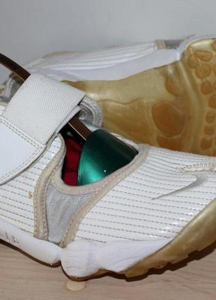 Отличный вариант для лета кроссовки (сандали) nike air  спорт/фитнес
