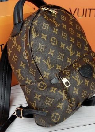 Новый рюкзак, средний размер