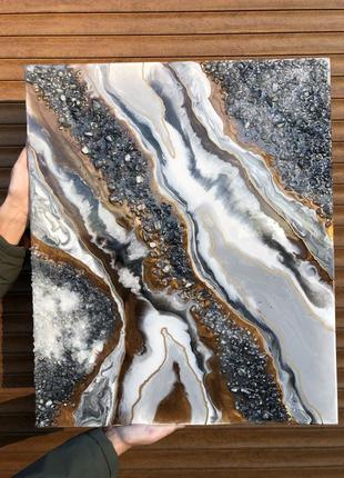 Картина эпоксидной смолой с камнями