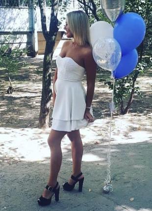 Платье цвета «шампань»
