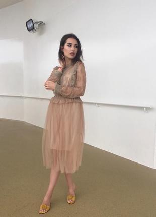 Фатиновое платье миди