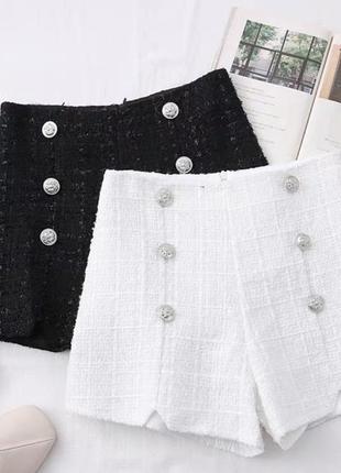 Нарядные тёплые зимние белые шорты твид