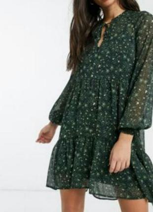 Лёгкое зеленое темное платье в принт белочки