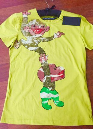 Новая с биркой футболка оригинал denis simachev