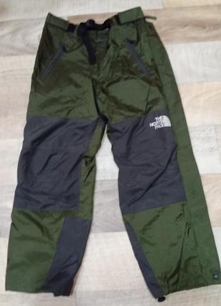 Классные трекинговые штаны на gore-tex the north face