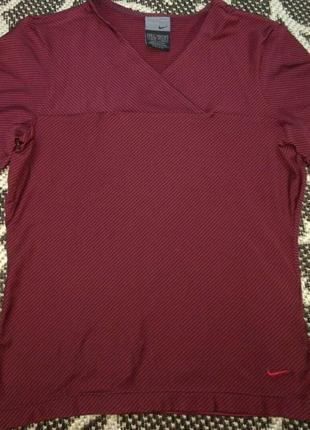 Фирменная женская футболка nike