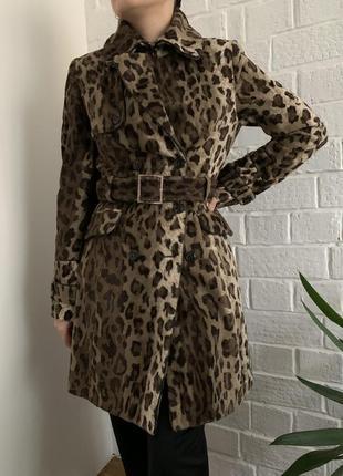 Пальто-тренч в актуальный леопардовый принт
