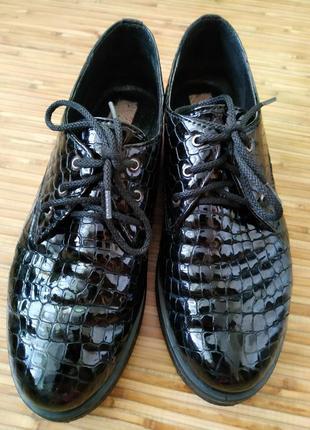 Туфли лаковые на шнурках натуральная кожа