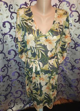 Плаття приємнне  для тіла на пишну красуню  легеньке.без дифектів