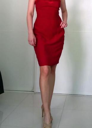 Красное миди платье-футляр etam