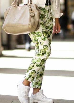 Стильные зауженные брюки ,брюки летний принт zara basic