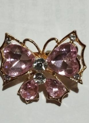 Брошь бабочка розовая, новая, 3*3,5см.
