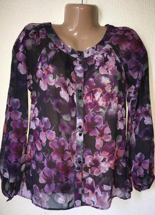 Легкая блуза на пуговицах с цветочным принтом s-m