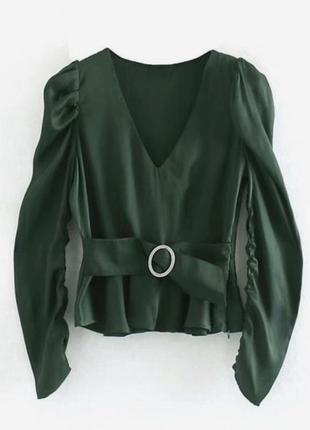 Блуза атласная изумруд от zara блузка с v - вырезом и объемными рукавами
