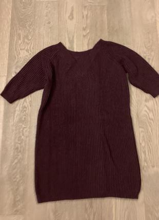 Трикотажный удлиненный свитер