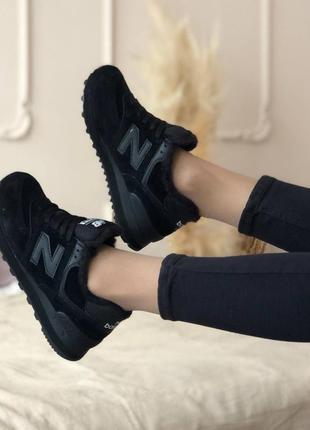 Шикарные зимние кроссовки2 фото