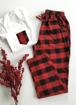 Женская пижама в красную клетку со штанами