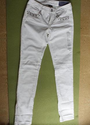Новые джинсы american eagle 0r skinny