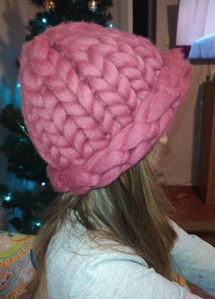 Продам очень теплую шапку