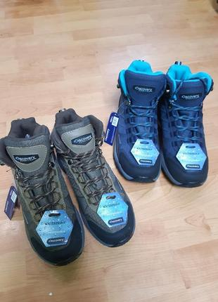 Трекинговие ботинки трекінгові чоботи discovery