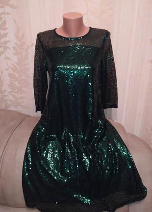 Женское платье с пайетками зеленое 44-46
