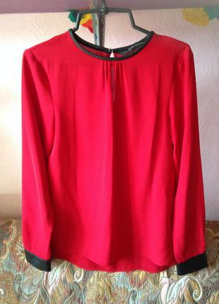 Блузка zara с кожанными вставками