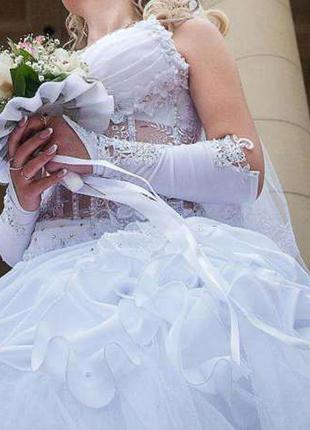 Свадебное платье 1500грн.!