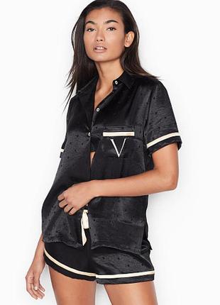 Атласная сатиновая пижама с шортами xs от виктория сикрет