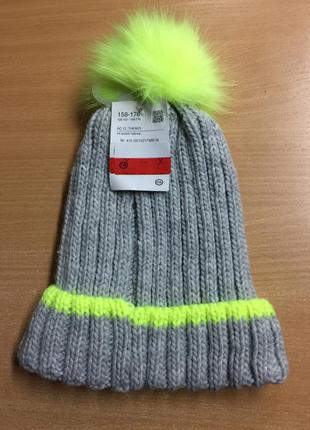 Тепла зимова шапка c&a