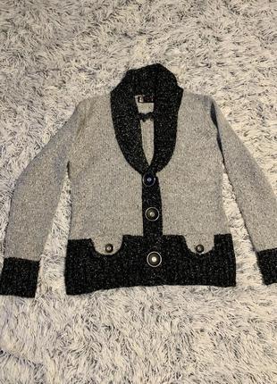 Зимний свитер кофта 80% шерсть