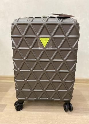 Guess чемодан ручная кладь в самолёт. гесс