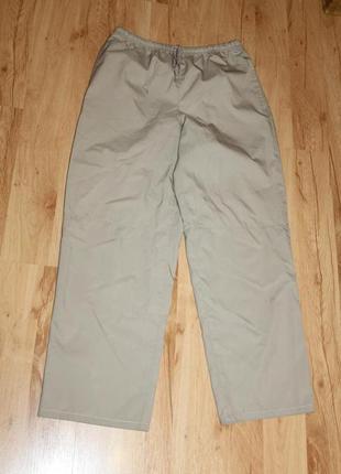Женские классные брюки nike,размер s.