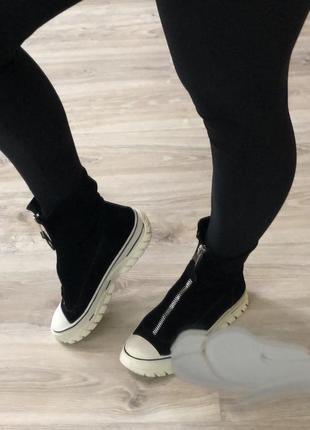 Ботинки 🥾 спорт кеды