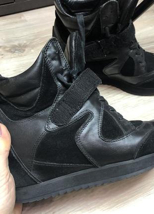 Высокие кроссовки ботинки 🥾