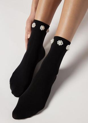 Женские носочки из плотной микрофибры с изысканной отделкой