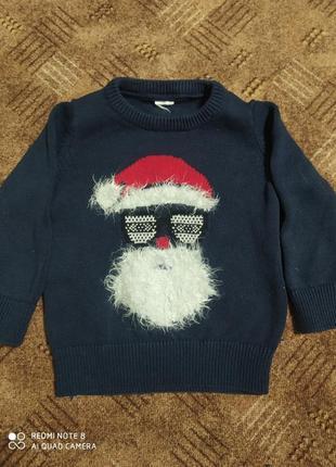 Фирменный новогодний свитерок