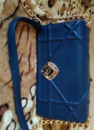 Женственная сумочка клач