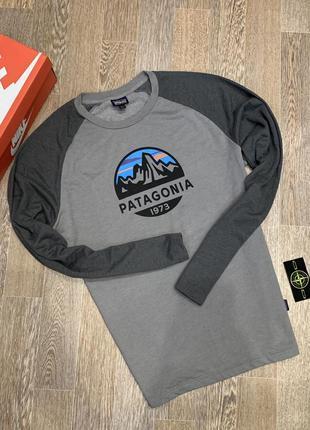 Свитшот-лонгслив patagonia