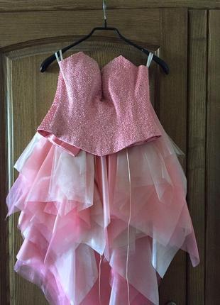 Платье с корсетом, цена снижена окончательно