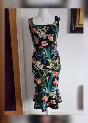 Жіноча сукня силуету рибка в квітковий принт